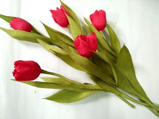 D.I.Y - How to make a paper flower - tulip Part 1 - Làm hoa tulip bằng giấy nhún