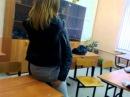 Секис школьниц на перемене )