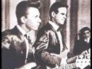 The Strangers Kolme Kitaraa Three Guitars
