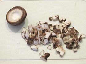 Стир-фрай из курицы с имбирем и грибами (Stir-fry) 3mIPxmJGO54