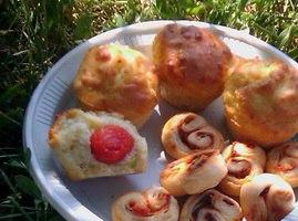 Маффины с сыром и помидорами черри ASTl3y7BxSM