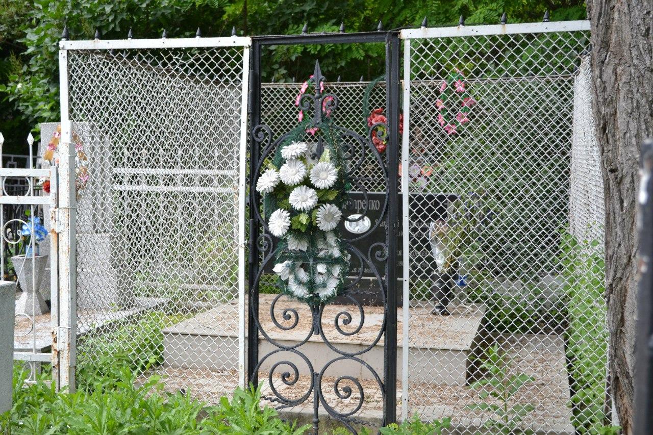 Украина. Одесса. Офицерское кладбище. Июнь 2016 г. (фото и описание) QwPRc0DjqvQ