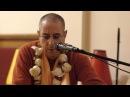 Niranjana Swami chants Jaya Radha Madhava