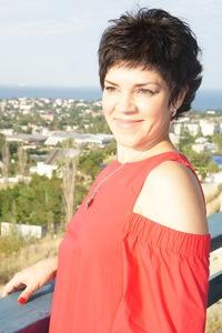 Лариса Загузина