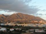 Плывут по небу облака, цветет миндаль, Фуэнхирола, Михас, Андалусия, 6 января 2016 г