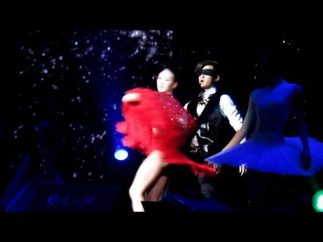 [121228]M.I.C JC-T dance drama We Want Us To Be Together@M.I.C X-Party Beijing Concert (FanCam01)