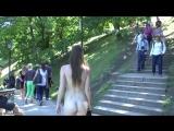 Enni Nude in Public 1
