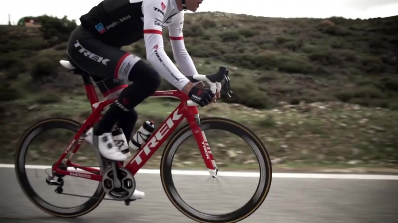 Топова шосейна модель велосипеда Trek Madone 2016