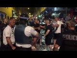 В Марселе жестоко подрались болельщики сборных Англии и России. ВИДЕО