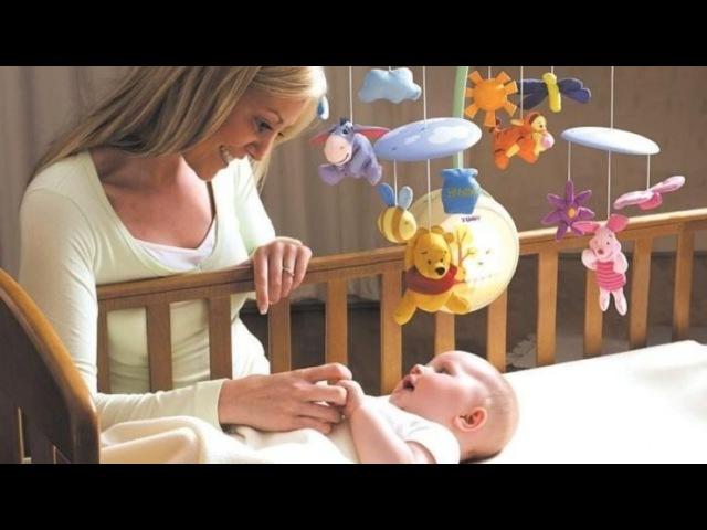 Мобиль на кроватку своими руками для новорожденных