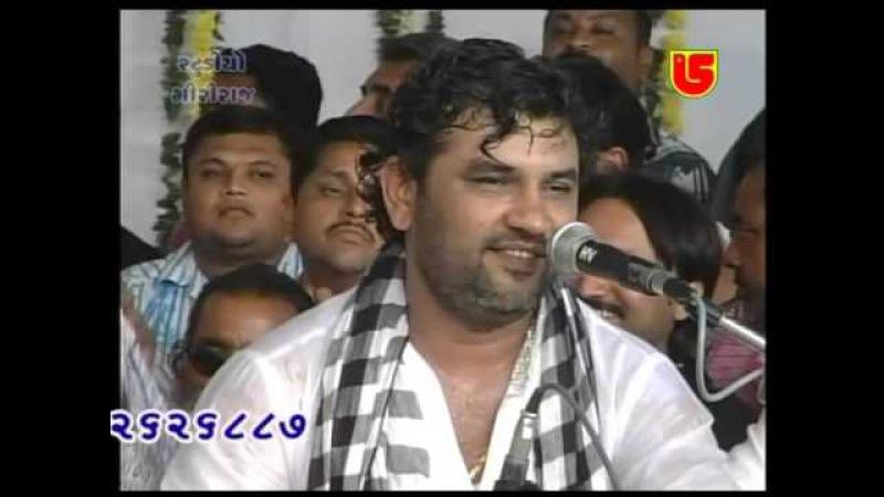 09-KIRTIDAN GADHVI BHIKHUDAN GADHVI-JUGAL BANDHI-DWARIKA DHAJA- GS DVD-119-02