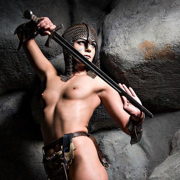 nude boobs lady cyrog