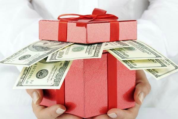Оригинальные идеи как преподнести денежный подарок