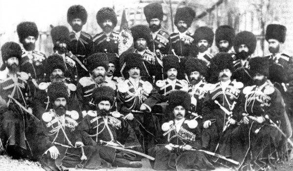 В Карачаево-Черкесии может появиться памятник карачаевской сотне «Дикой дивизии»