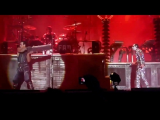 Rammstein - (Till Lindemann is Flake Lorenz)