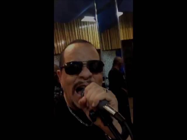 Body Count's IMPROMTU cover of SLAYER's Raining Blood on Periscope!