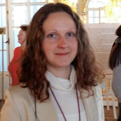 Александра Коршикова