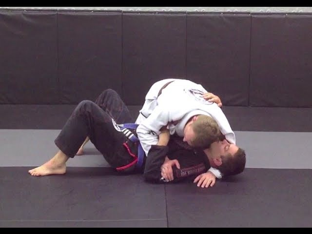 The Underhook Wrist Lock from Submissions 101
