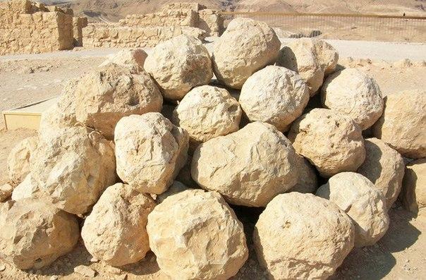 10 украденных древних артефактов, несущих проклятия