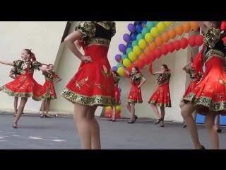Детский танец ПОРУШКА ПАРАНЯ.Childrens dance PORUSHKA PARANOIA.