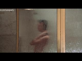 Мод Эдамс (Maud Adams) голая в фильме Человек с золотым пистолетом (The Man with the Golden Gun, 1974) 1080p