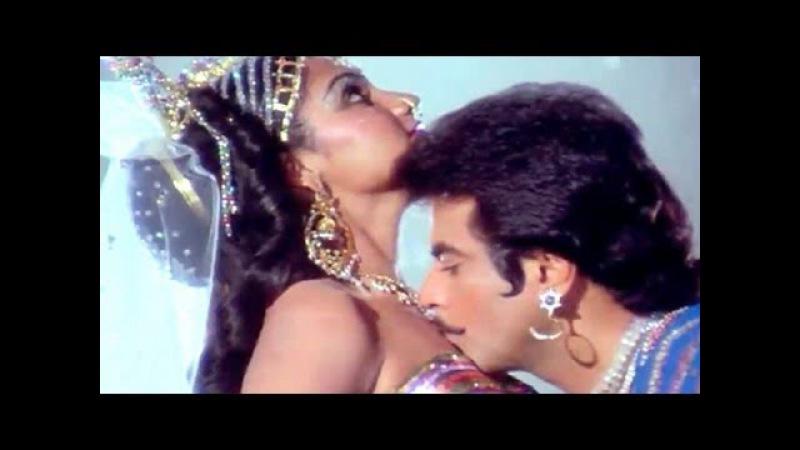 Komal Madhur Chatur - Jeetendra, Madhavi, Qaidi Song (Duet)