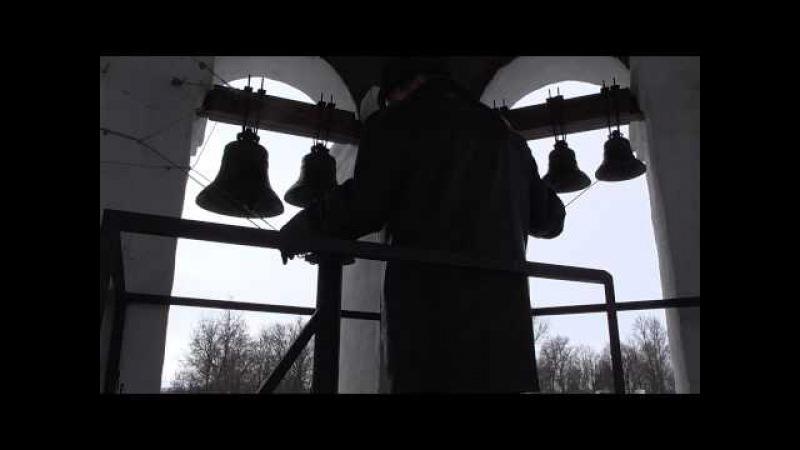 Звонарь Валерий Гаранин - звон в колокола в Суздале