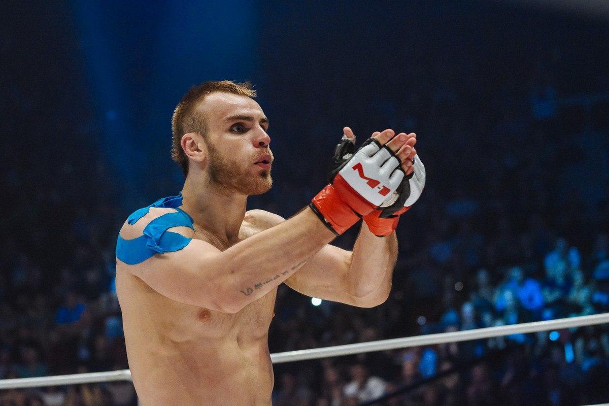 Сергей Романов на турнире M-1 Challenge 68