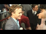 Heath Ledger's smoke break at 'A Knight's Tale' Premiere