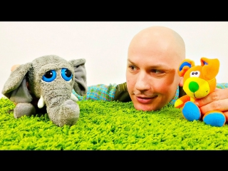 Сказка для детей. Добрый серый слоненок и его друзья. Развивающее видео с игрушками.