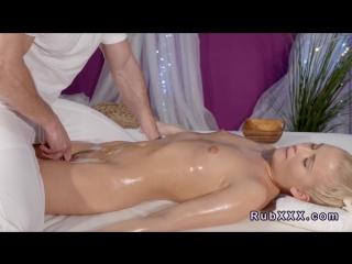 Порно маленьких массаж
