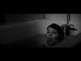 Девушка возвращается одна ночью домой / A Girl Walks Home Alone at Night (2014) Амирпур