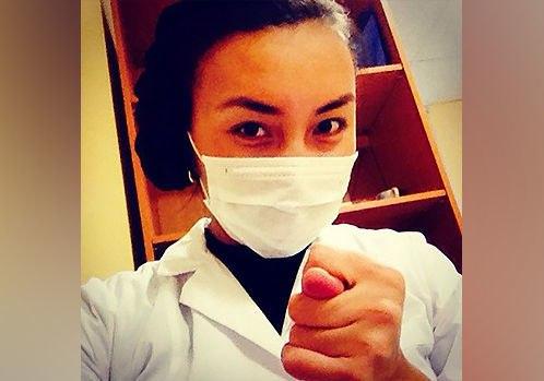 В больнице Питерстана чурка-медсестра Надира избила 91-летнюю блокадницу