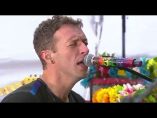 Coldplay - Hymn for the Weekend (Live at Today Show 2016)