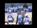 Хоккей драки ВХЛ Оштрафованный игрок вышел на площадку, чтобы помешать взятию в ...