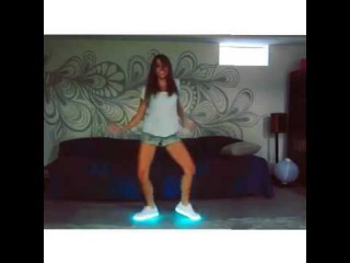 freestyle friday ⠀⠀⠀⠀⠀⠀⠀⠀⠀⠀⠀⠀⠀⠀#DANCE️ got these sick shoes by