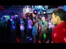 LA Банда учится танцевать Бугги Вугги