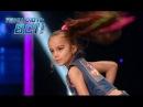 Красивая 6 летняя девочка танцует зажигательный хип хоп Танцуют все