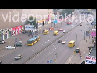В сети появилось видео смертельного ДТП в Киеве