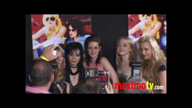 Kristen Stewart, Jennifer Lawrence, Riley Keough, Dakota Fanning The Runaways LA Premiere