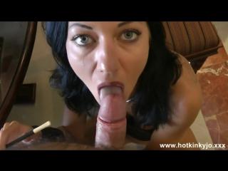 Светская дама курит через мунштук и даёт в попку