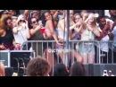Malia Obama Dancing To Bryson Tiller's Set At Lollapalooza Day 4!