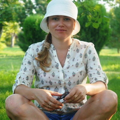 Оля Пахомова