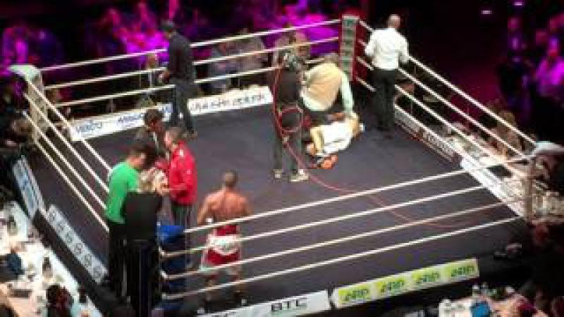 Gevorg Khatchikian vs Varazdat Chernikov 10th round KO last second. Oct 12th 2015 Carrë Amsterdam