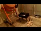 Зачем ругаеся нащальника)) Унитаз на потолке