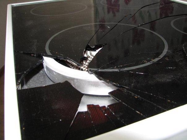 Треснуло стекло на электроплите что делать