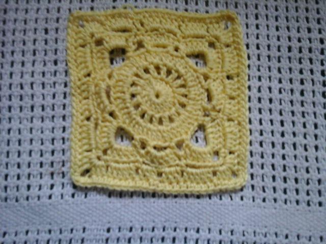 Красивый мотив крючкомBeautiful crochet motif