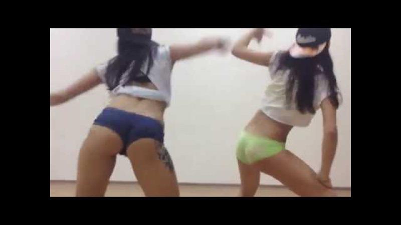 Twerk Booty Shake by sexy Elena Studencova (XLDELUXE song Prujinim пружиним)