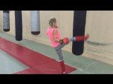 Девушка в единоборствах. Набор в группу: кикбоксинг, рукопашный бой, мма, тайский бокс. Клуб Боец Москва