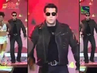 Salman Khan 02s performance @ Awards 2011